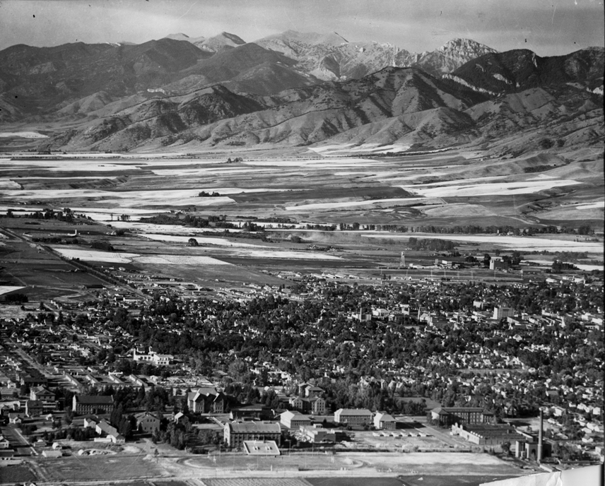 Bozeman aerial photo Bridgers background, MSU foreground, 1953. MSU Library