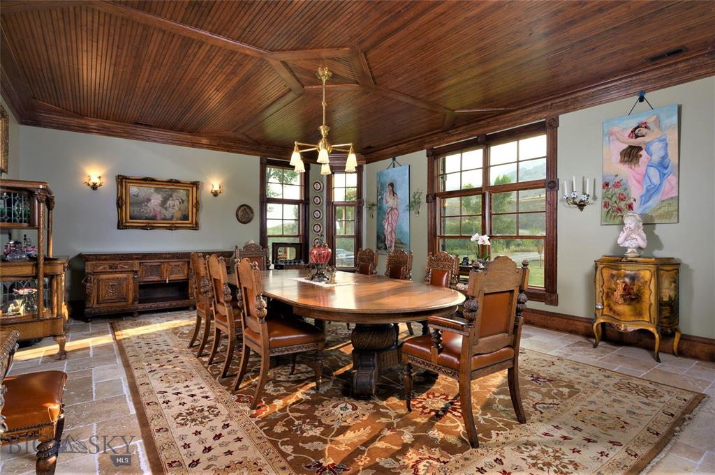 Montana Luxury Water Properties - Dining Room Photo