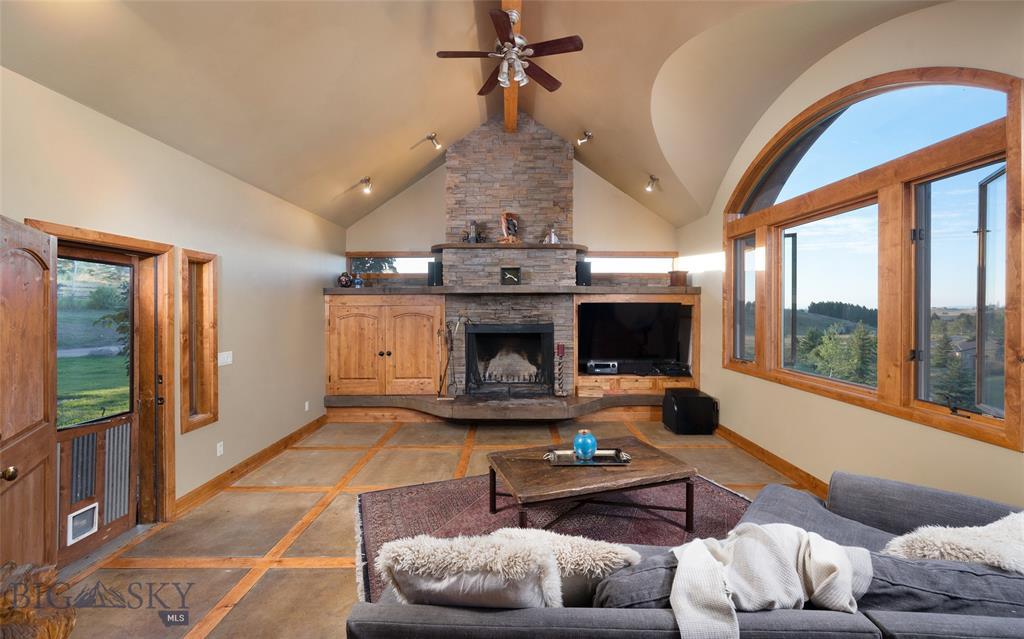 Photo: Living Room 122 S Big Elk Meadow, Gallatin Gateway, Montana Mountain Home